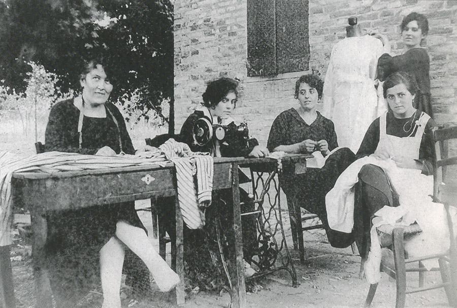Il settore tessile e le donne al lavoro