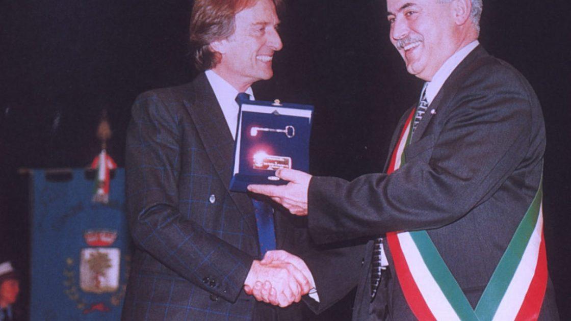 2001_cittadinanza_montezemolo-1030x642